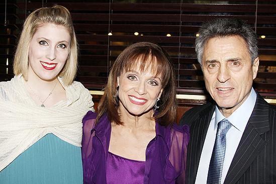 Cristina cacciotti actress valerie harper 39 s daughter for Valerie harper husband tony cacciotti