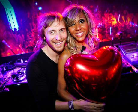 Cathy lobe became cathy guetta in 1992 the famous couple have been
