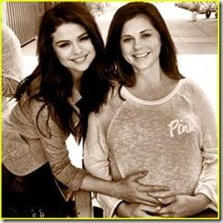 selena-gomezs-mom-mandy-pregnant_thumb.jpg