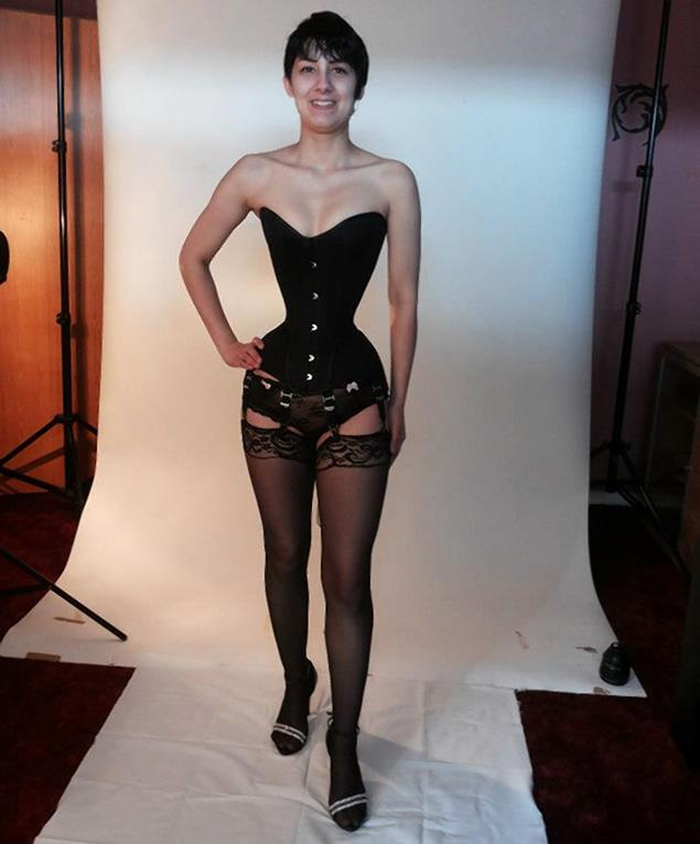 image German extreme woman in latex and slavesbmw Part 3