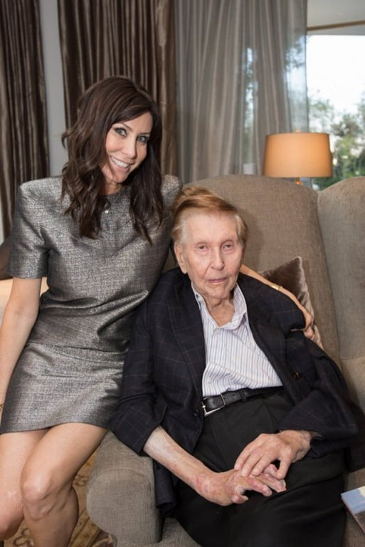 http://dailyentertainmentnews.com/wpgo/wp-content/uploads/2013/06/Sumner-Redstone-and-Sydney-Holland-pic.jpg