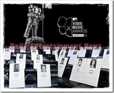 r-MTV-VMAS-2013-large570