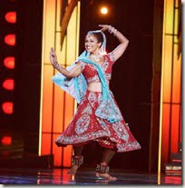 Nina Davuluri dance
