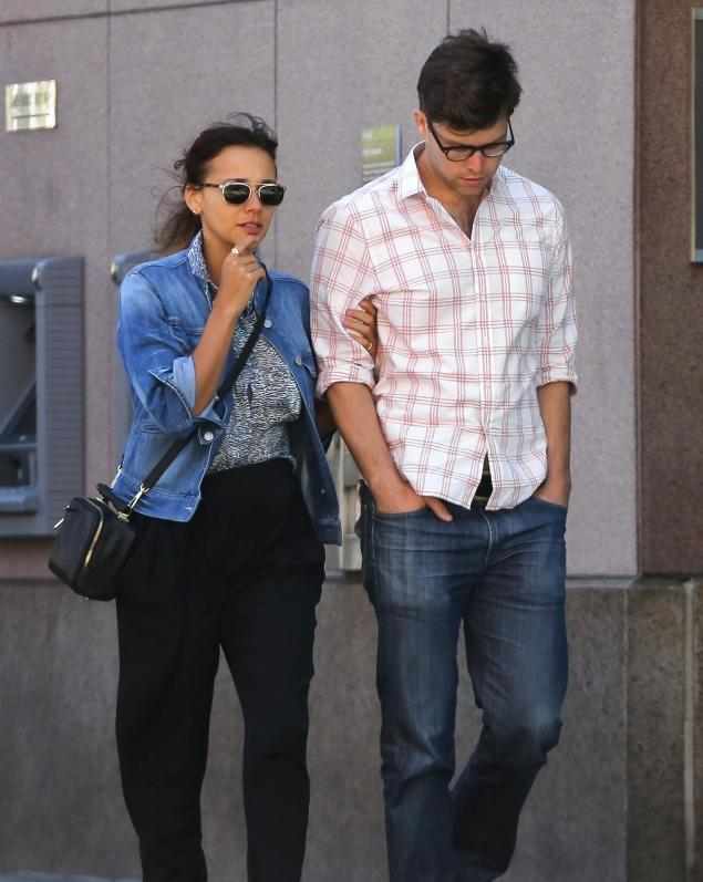 Colin Jost Rashida Jones New Boyfriend