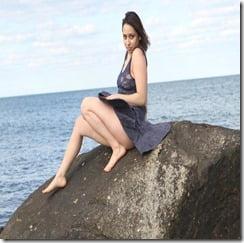 Jessica-KRIGSMAN-topless-in-brooklyn2