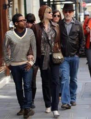 Sasha and Theo Spielberg- Steven Spielberg Children make ...
