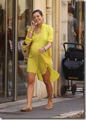 Charlotte Casiraghi pregnant pic