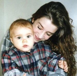 Pattie Mallette with baby bieber pic