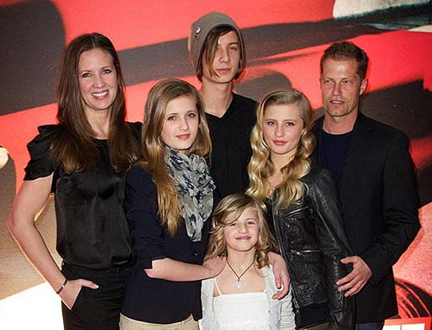 Family photo of the actor, dating Svenja Holtmann, famous for Judas Kiss & Barfuss.