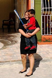jackelin castro and son pic