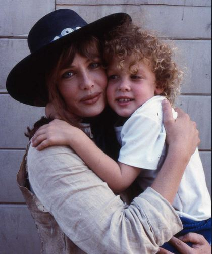 Kelly lebrock children