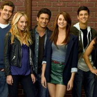 Shailene Woodley boyfriend, Shailene Woodley divergent release, Shailene Woodley divergent role