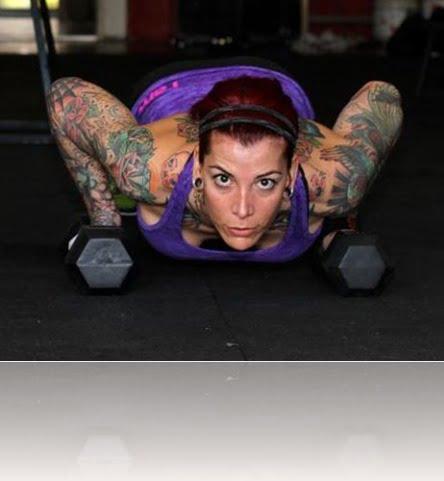 chloie Johnsson  transgender crossfit athlete bio