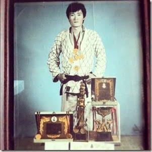 Yung Woo Hwang father