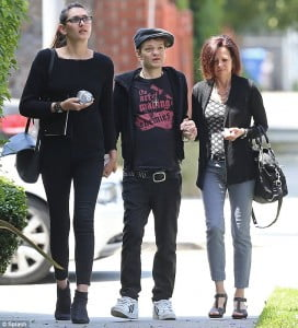 Deryck+Whibley+Jocelyn Aguilar picture