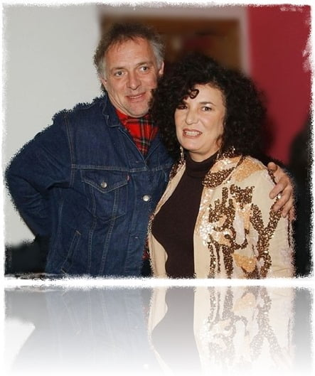 Rik Mayall wife Barbra Robbin Mayall