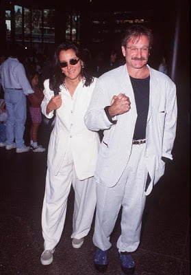 Robin Williams Ex Wives Marsha Garces And Valerie Velardi Bio Wiki Ontdek ideeën over the beach boys. robin williams ex wives marsha garces