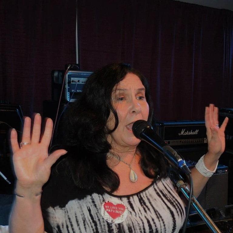 Debbie Jamison Survivor Singer Jimi Jamison S Wife Bio