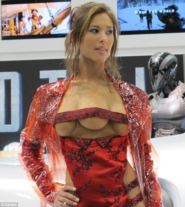 фото про большую грудь