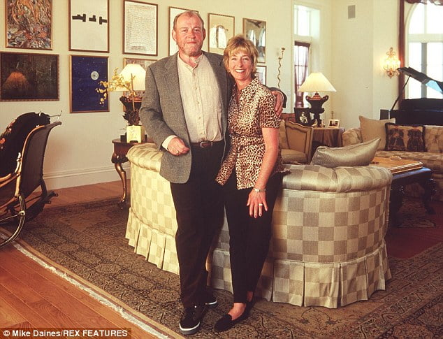 Pam Baker Cocker: Singer Joe Cockers Wife (Bio, Wiki)