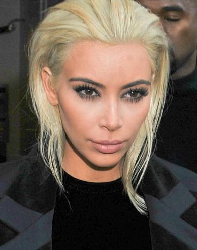 Kim Kardashian blond