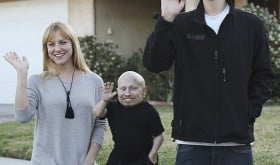 Verne Troyer girlfriend Brittney Powell