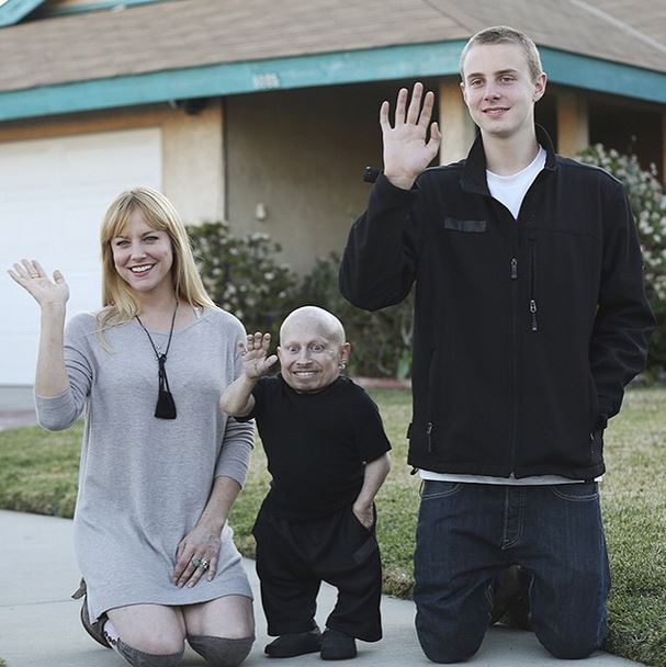 Brittney Powell: Verne Troyer's Girlfriend