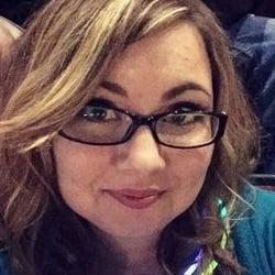 Rachel Taylor: plus Size Selfie Goes Viral