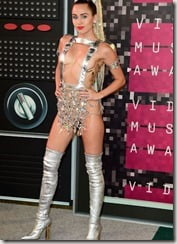 miley-cyrus-outfit-3