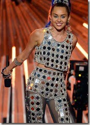 miley-cyrus-outfit-8