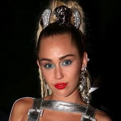 Miley Cyrus VMA's Outfits