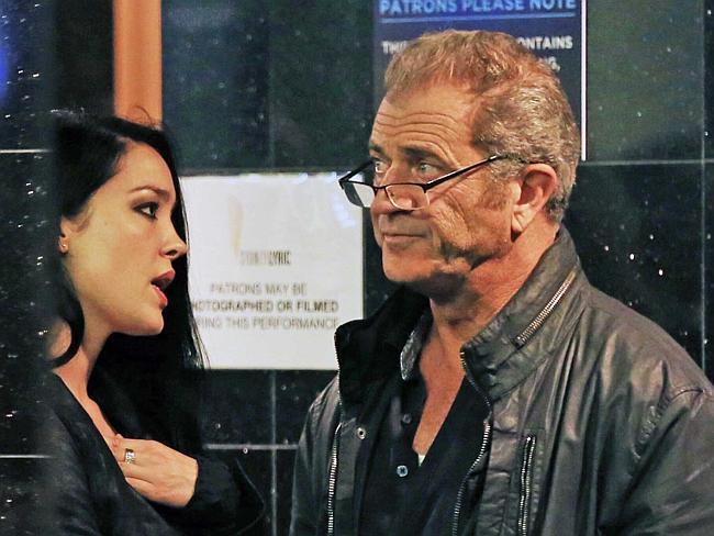 Rosalind Ross Mel Gibson S Younger Girlfriend Bio Wiki