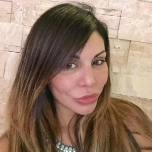 Liziane Gutierrez Bio
