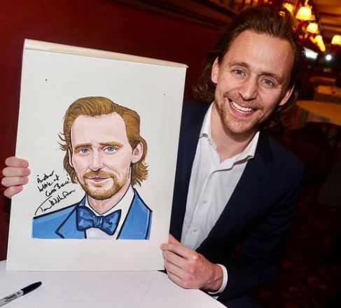 Tom Hiddleston bio,Tom Hiddleston net worth