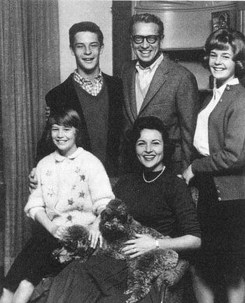 Betty White Bio, husbands & Children (Bio, Wiki)