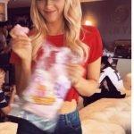 rob_gronkowski_girlfriend_camille_kostek-picture