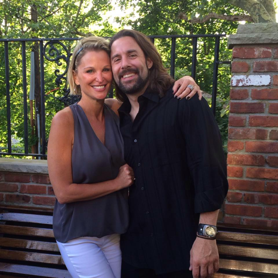 huddy divorced singles personals Find more about juliet huddy hot, feet, legs and body measurements done marriage and divorce thrice with her boyfriend mr wright and currently dating him.