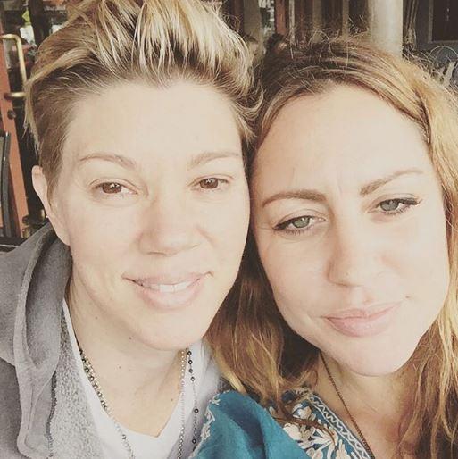 warner lesbian singles 81-year-old eharmony founder on gay marriage and tinder by sara ashley o'brien @saraashleyo february 12, 2016: 9:38 am.
