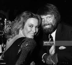 Glen Campbell's Wife Kimberly Woolen (Bio, Wiki)