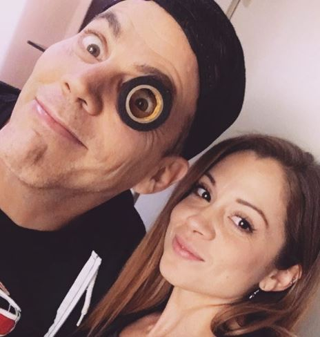 Lux Wright Jackass Star Steve O S Girlfriend Bio Wiki