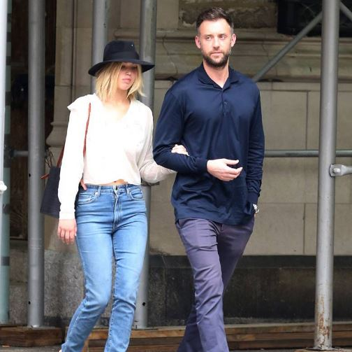 Jennifer Lawrence's Ne... Jennifer Lawrence Boyfriend News